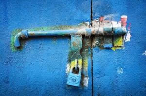 Verrou métal bleu